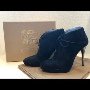 Burberry Shoes - Burberry Tanfield Bootie